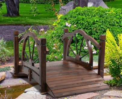 Outsunny Wooden Garden Bridge Decorative Arc Footbridge with Safety Guardrail Outdoor Lawn Pond Bridge Walkway Stained Wood 844-444 5056534543099